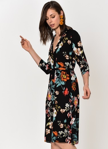 V Yaka Çiçekli Midi Elbise-Dewberry